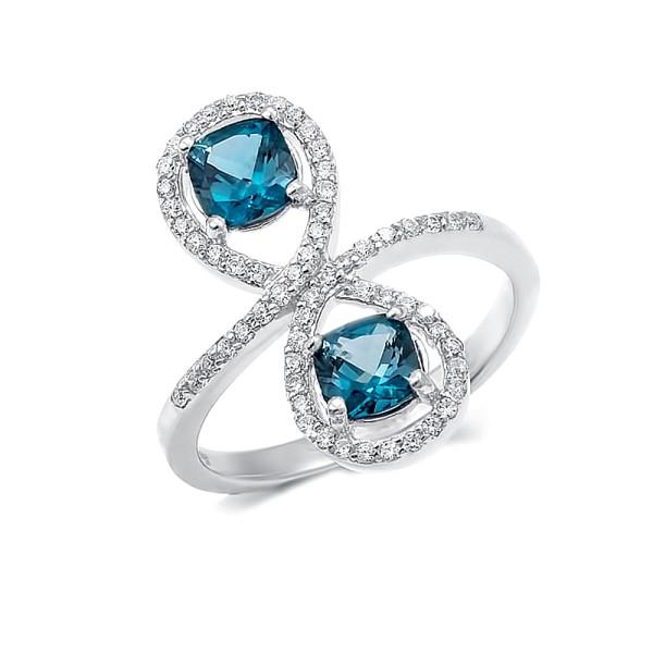"""Кольцо с """"London blue"""" топазами из серебра 925 пробы"""
